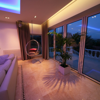 MAIN-Hi-Tech-Living-Room-1
